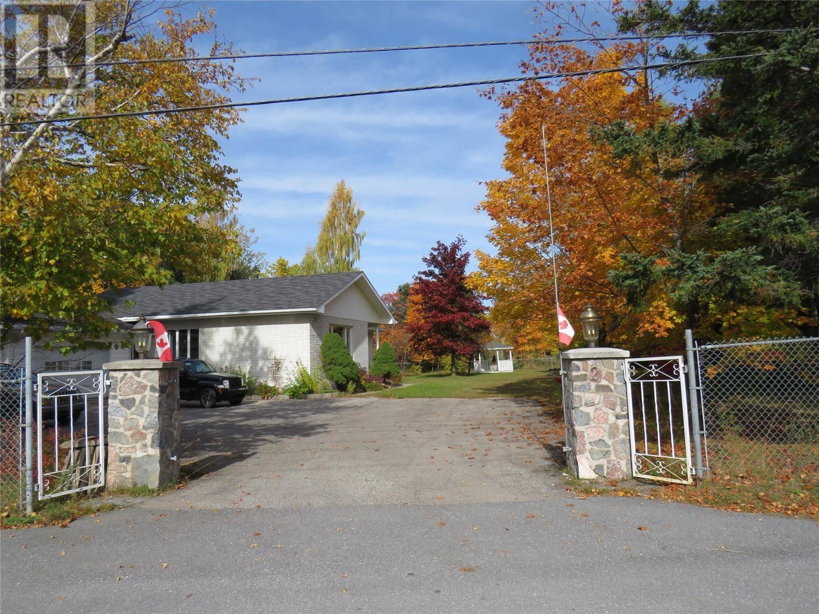 House for sale at 2 Skinner Dr Pasadena Newfoundland - MLS: 1206903