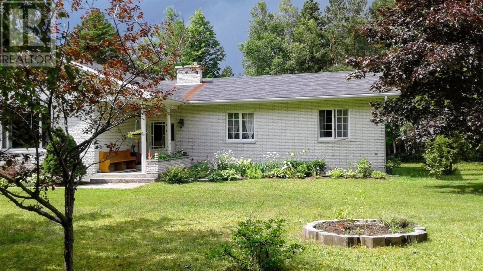 House for sale at 2 Skinner Dr Pasadena Newfoundland - MLS: 1213041