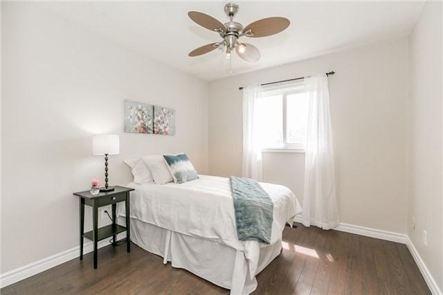 For Sale: 2 Skybird Lane, Georgina, ON | 3 Bed, 2 Bath Townhouse for $469,900. See 20 photos!