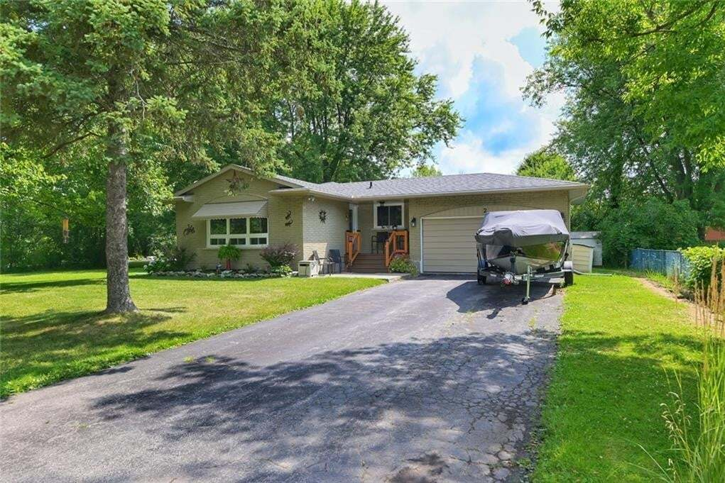 House for sale at 2 St. George Ct Crystal Beach Ontario - MLS: 30823266