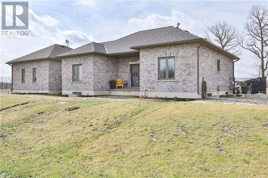 House for sale at 2 Stage Rd Burford Ontario - MLS: 30801660