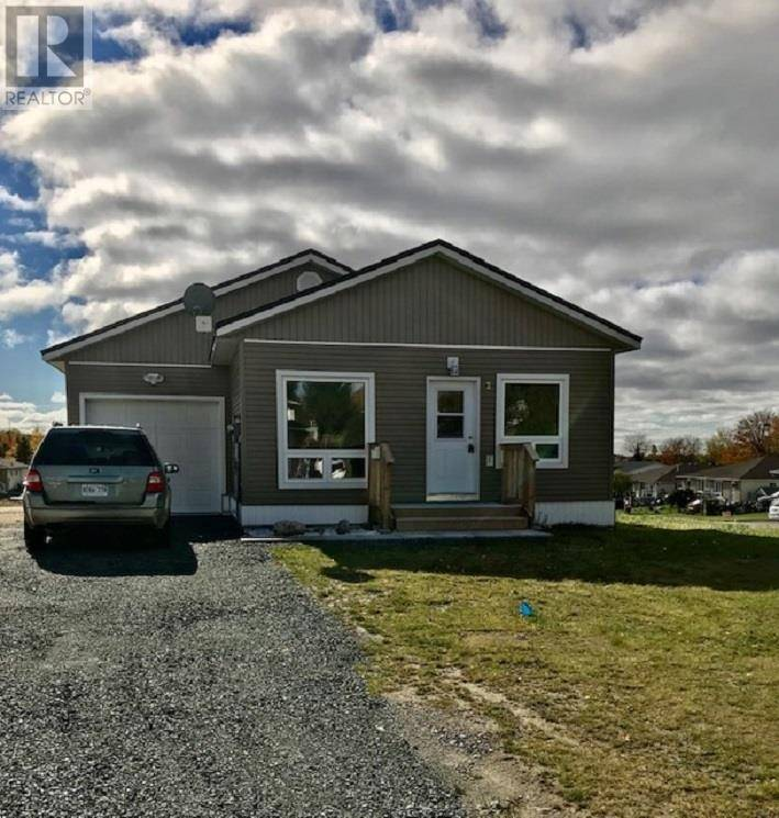 House for sale at 2 Ste. Camillus Cres Elliot Lake Ontario - MLS: SM128401