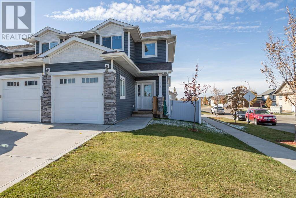 Townhouse for sale at 2 Sullivan Cs Red Deer Alberta - MLS: ca0180956