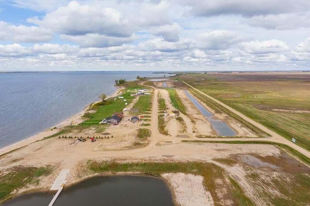 Residential property for sale at 2 Sunset Acres Rd Last Mountain Lake East Side Saskatchewan - MLS: SK815510