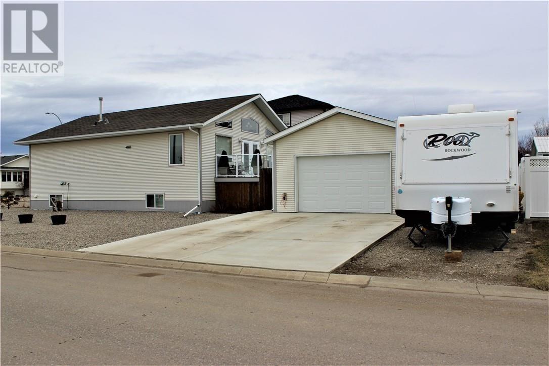 House for sale at 2 Tamarack Rte Claresholm Alberta - MLS: ld0192221