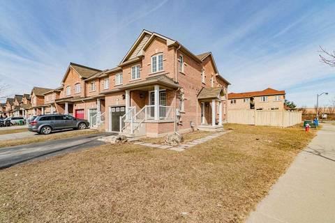 Townhouse for sale at 2 Tanasi Rd Brampton Ontario - MLS: W4725269