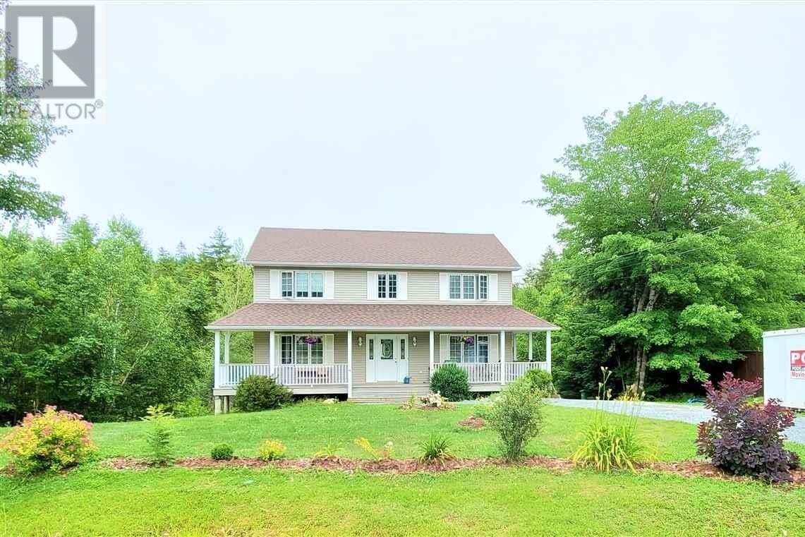 House for sale at 2 Trevor Ave Fall River Nova Scotia - MLS: 202012887