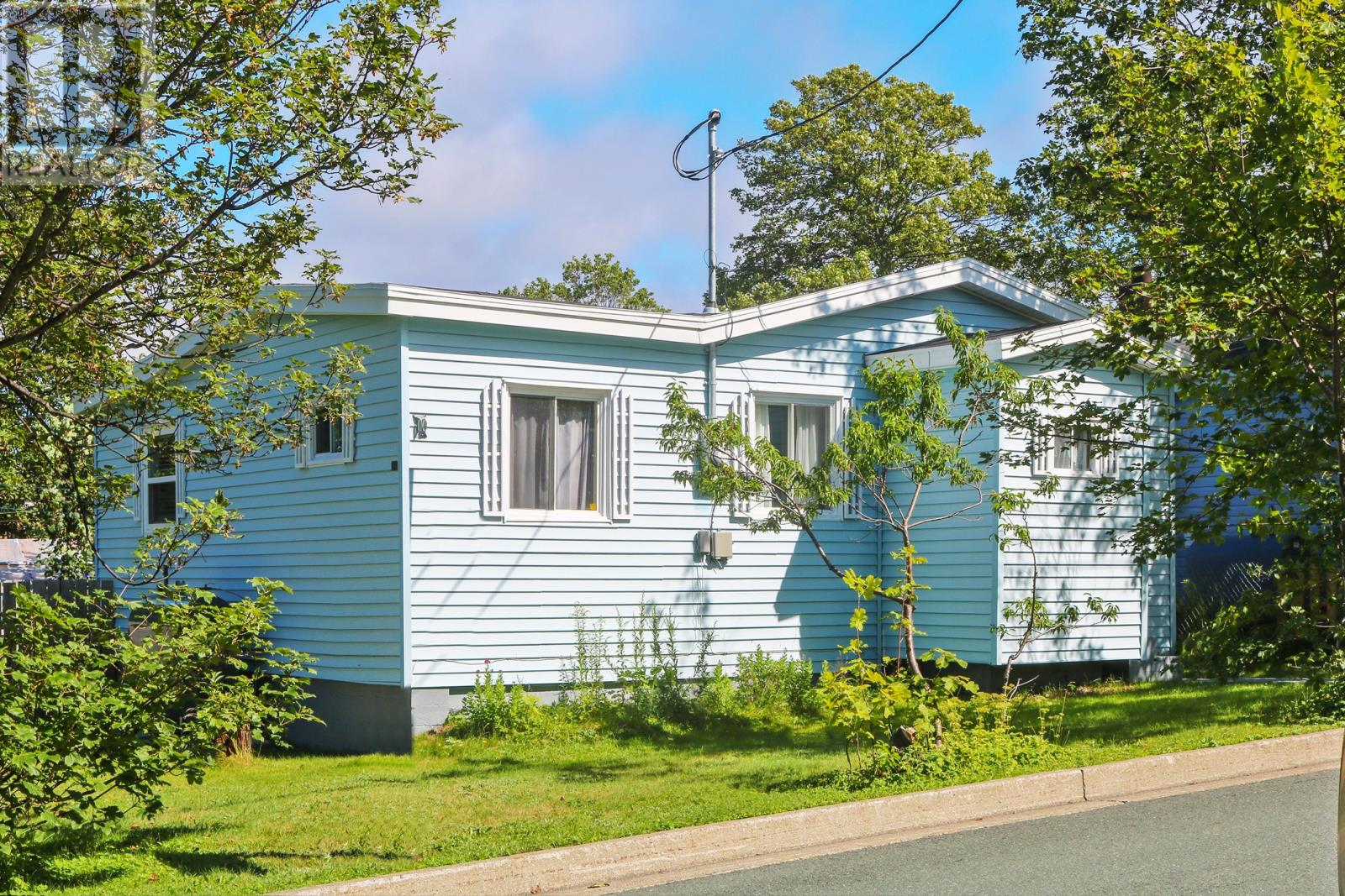 Removed: 2 Winston Avenue, Mount Pearl, NL - Removed on 2018-12-13 04:15:16