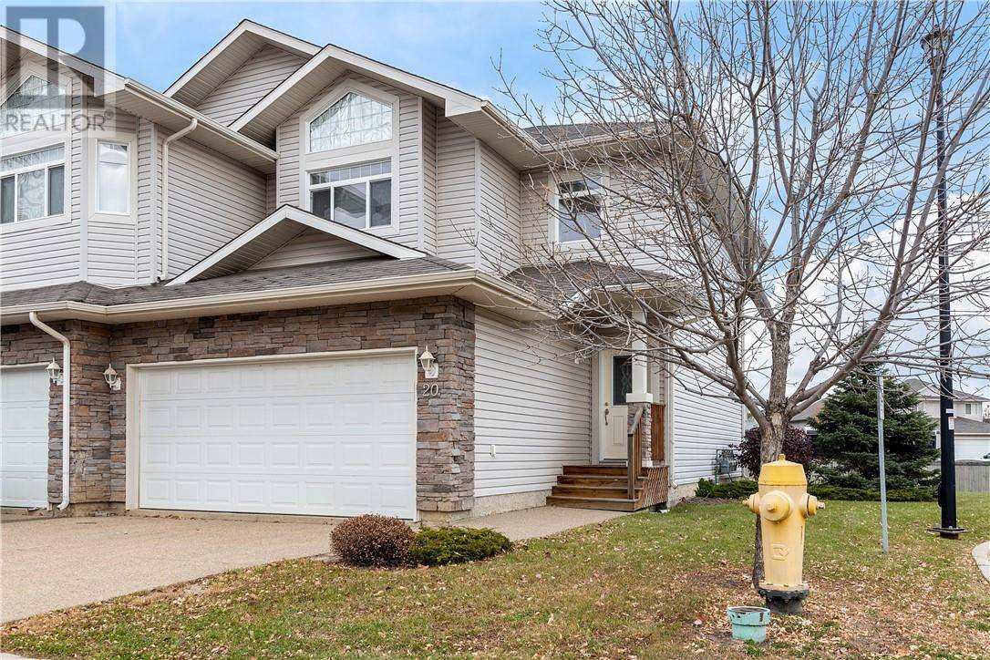 Townhouse for sale at 230 Wilson Dr Unit 20 Fort Mcmurray Alberta - MLS: fm0181230