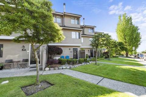 Townhouse for sale at 251 14th St W Unit 20 North Vancouver British Columbia - MLS: R2462285