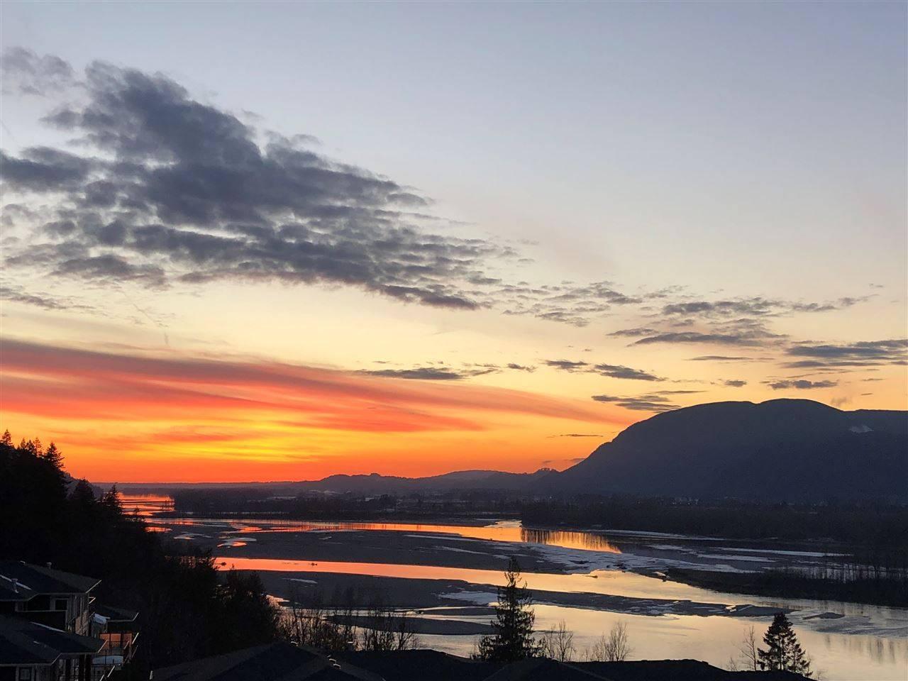 Seasons At Cedar Sky Condos: 43685 Chilliwack Mountain Road, Chilliwack, BC