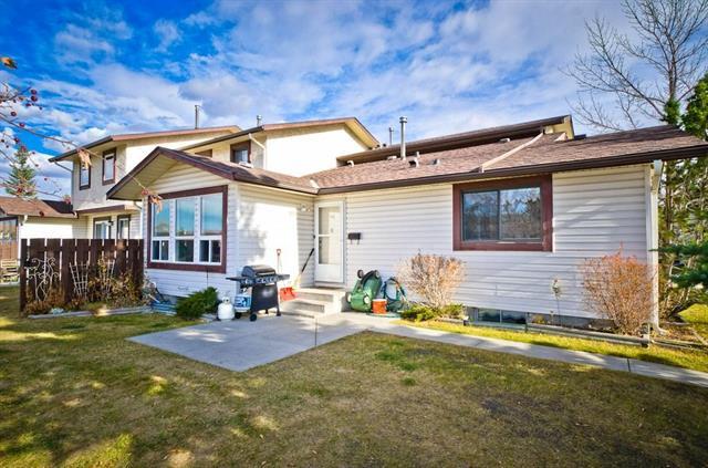 Buliding: 75 Templemont Way Northeast, Calgary, AB