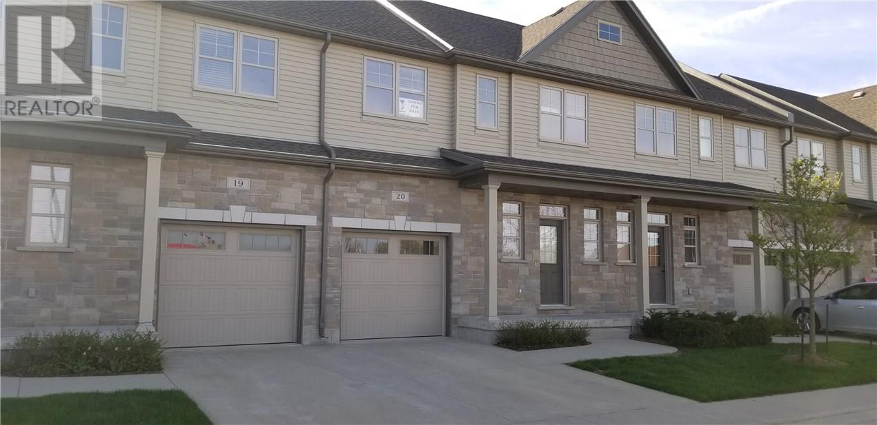For Sale: 20 - 935 Goderich Street, Port Elgin, ON   3 Bed, 4 Bath Townhouse for $299,000. See 13 photos!