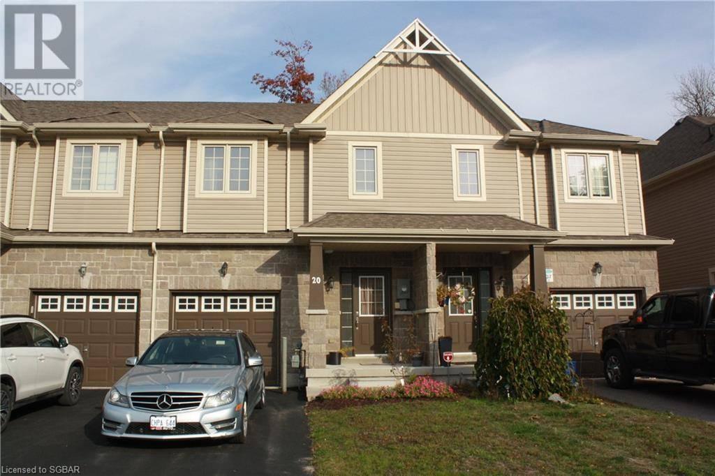 Townhouse for sale at 20 Arcadia Rd Wasaga Beach Ontario - MLS: 228274