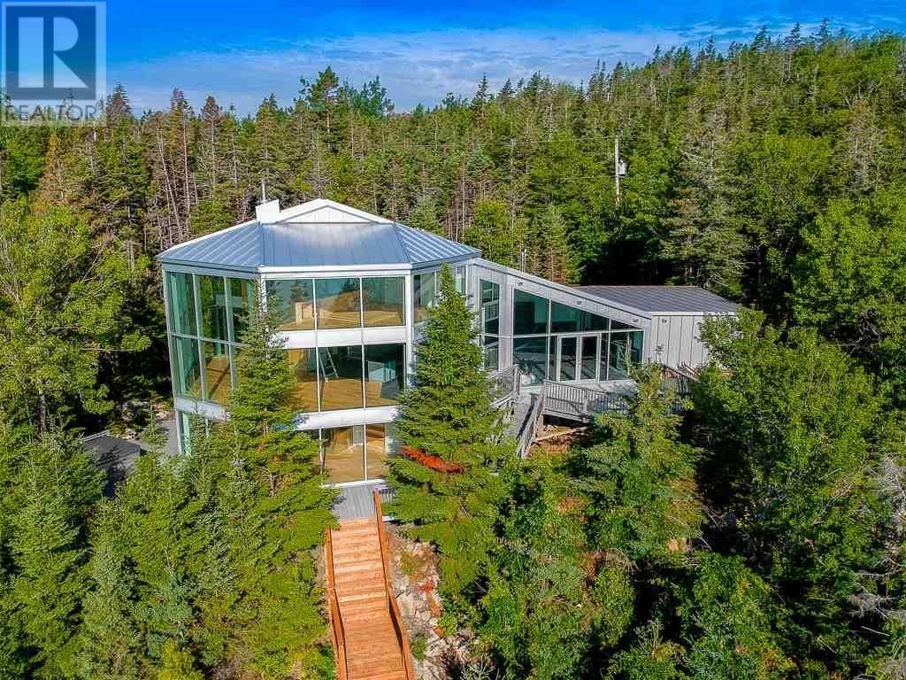 House for sale at 20 Ashley Dr Halibut Bay Nova Scotia - MLS: 201920345