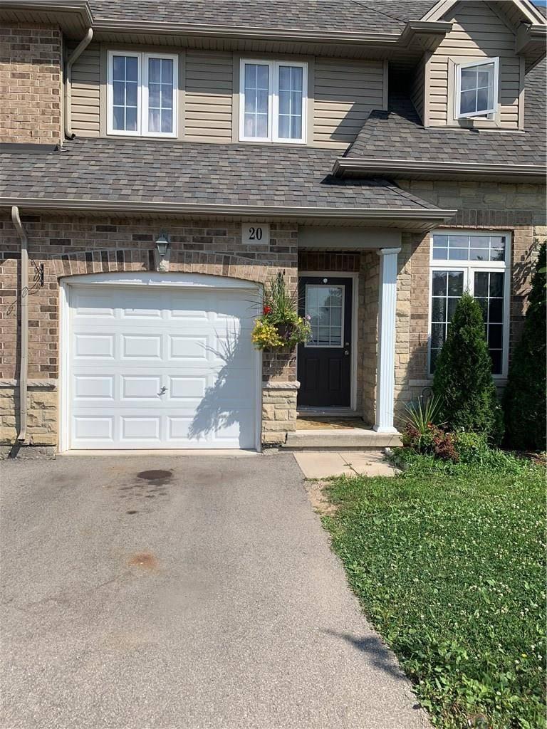 Townhouse for rent at 20 Atessa Dr Hamilton Ontario - MLS: H4061011