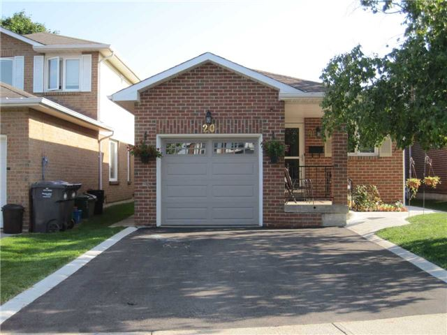 Removed: 20 Aurora Place, Brampton, ON - Removed on 2018-10-16 05:33:28