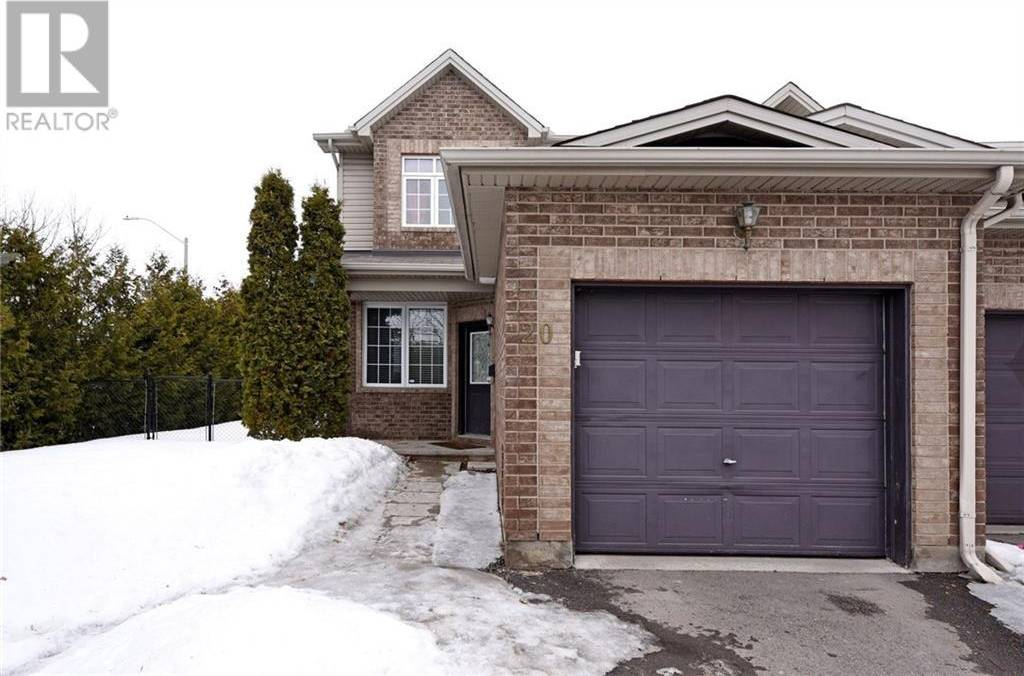 Townhouse for rent at 20 Cargrove Pt Ottawa Ontario - MLS: 1183139