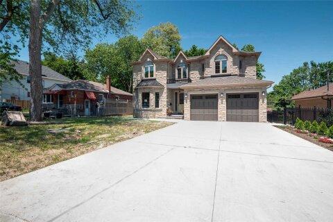 House for sale at 20 Chatterton Blvd Toronto Ontario - MLS: E4812891