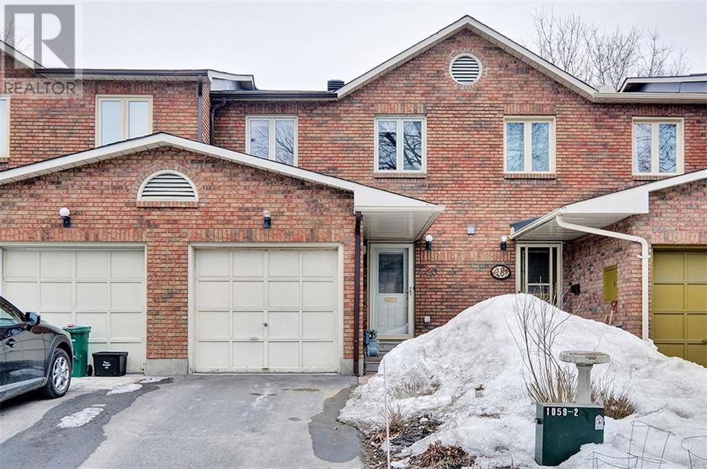 Townhouse for sale at 20 Chestnut St Ottawa Ontario - MLS: 1186446