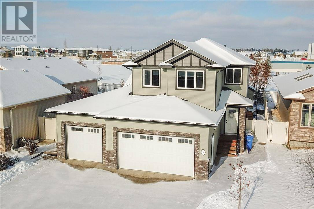 20 Connaught Crescent, Red Deer | Image 1