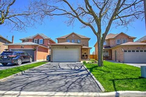 House for sale at 20 Drayglass Ct Brampton Ontario - MLS: W4775350