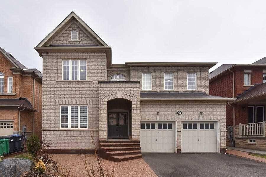 House for sale at 20 Durango Dr Brampton Ontario - MLS: W4422647