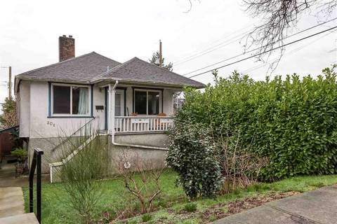 House for sale at 20 60th Ave E Vancouver British Columbia - MLS: R2434602