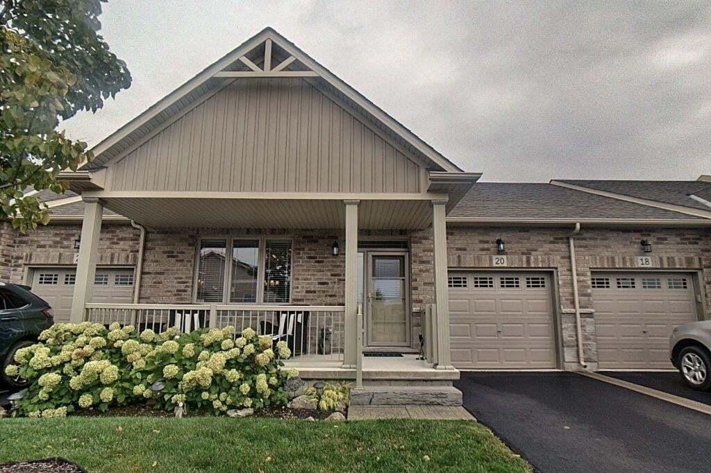 Townhouse for sale at 20 Ecker Ln Binbrook Ontario - MLS: H4090101