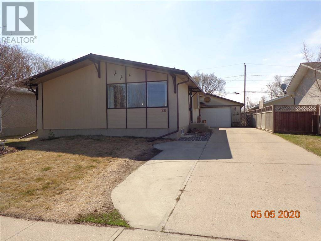 House for sale at 20 Fairway Ave Red Deer Alberta - MLS: ca0191512