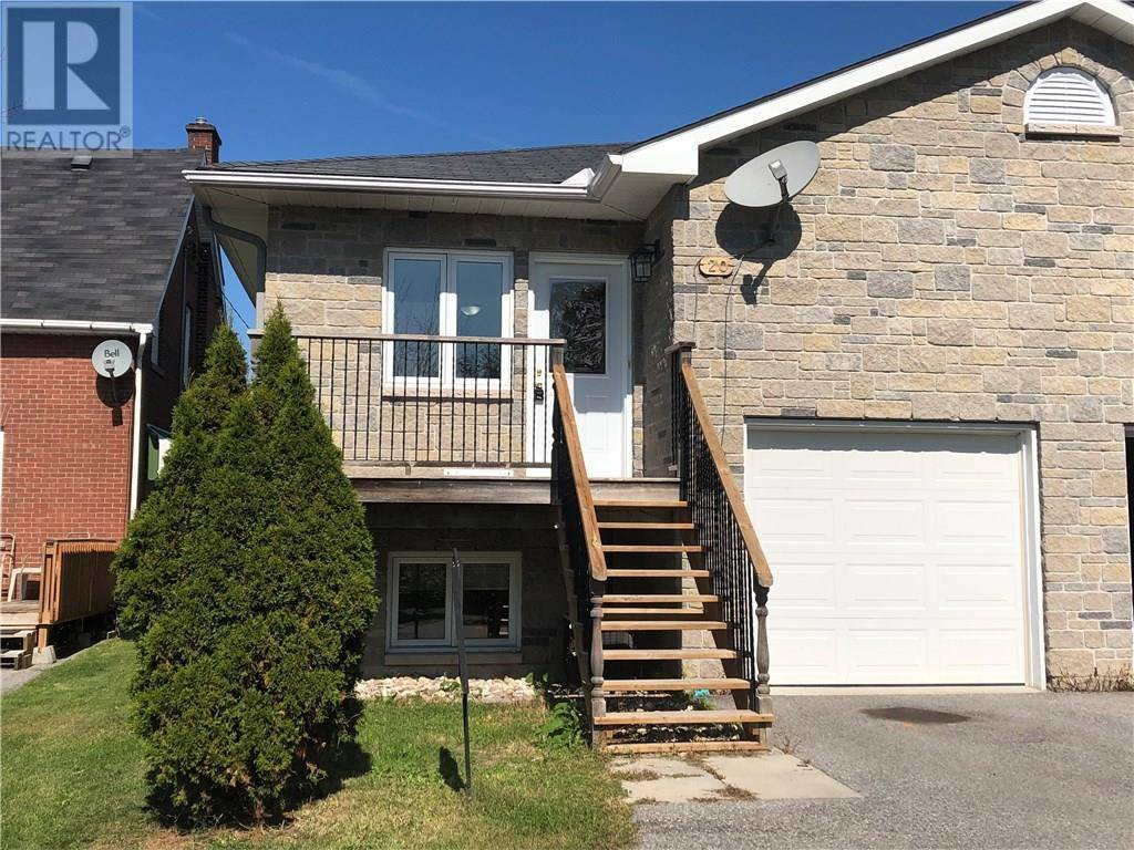 Townhouse for sale at 20 Farm St Almonte Ontario - MLS: 1169804