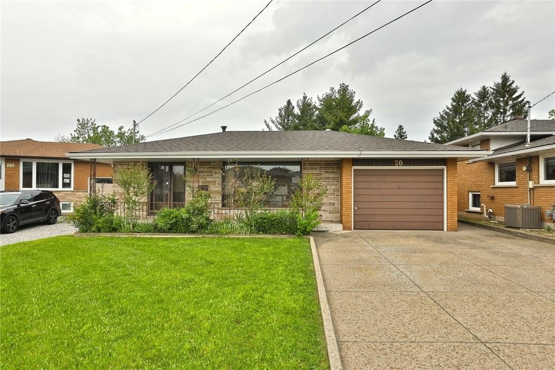 House for sale at 20 Gardenia Ct Hamilton Ontario - MLS: H4079394
