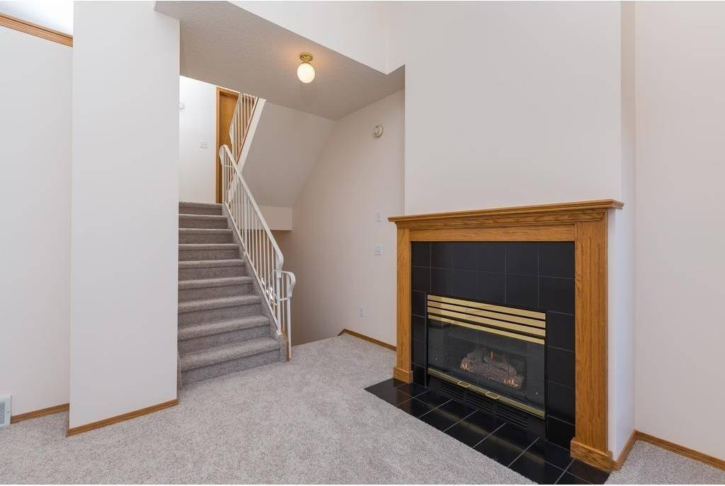 Townhouse for sale at 20 Glenbrook Vw Sw Glenbrook, Calgary Alberta - MLS: C4233390