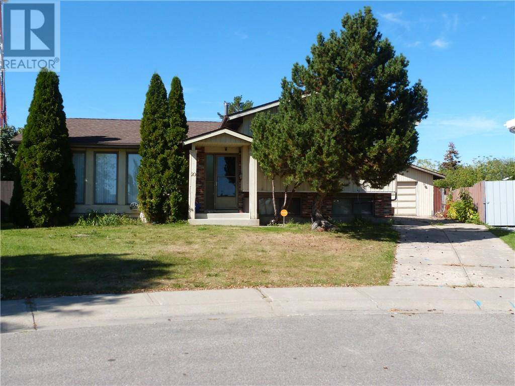 House for sale at 20 Halladay Ave Red Deer Alberta - MLS: ca0178404