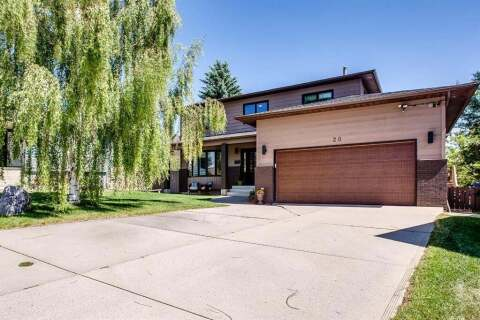 House for sale at 20 Hawkridge Ct NW Calgary Alberta - MLS: A1019391