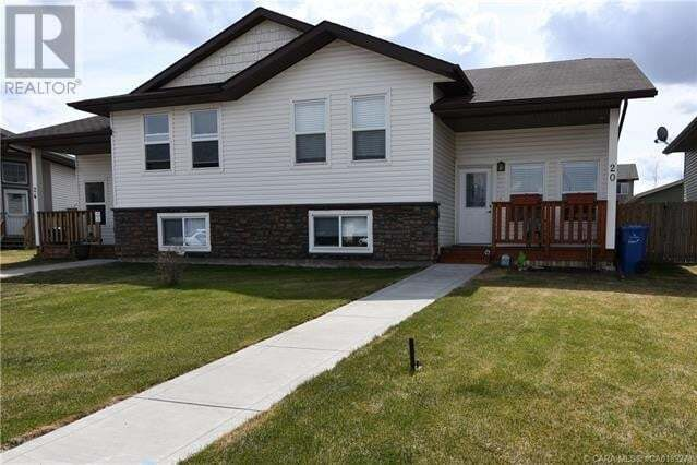 Townhouse for sale at 20 Heron Ct Penhold Alberta - MLS: CA0189271
