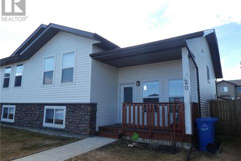 Townhouse for sale at 20 Heron Ct Penhold Alberta - MLS: ca0157349