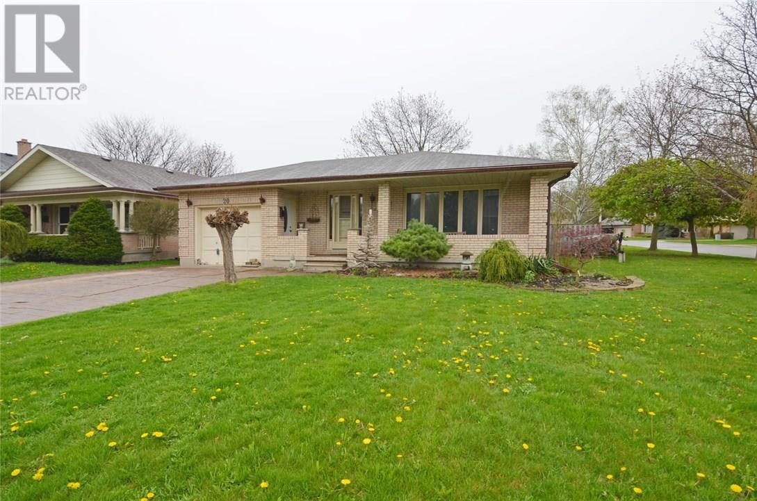 For Sale: 20 Massey Drive, St Thomas, ON | 4 Bed, 2 Bath House for $314,900. See 18 photos!