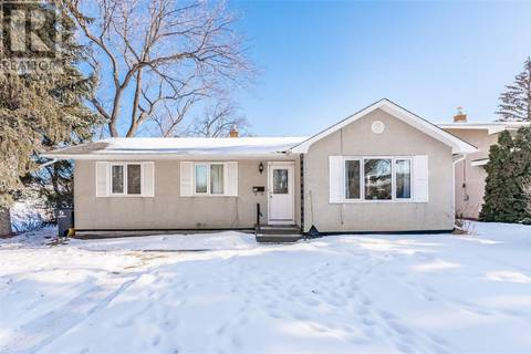 House for sale at 20 Morton Pl Saskatoon Saskatchewan - MLS: SK799673