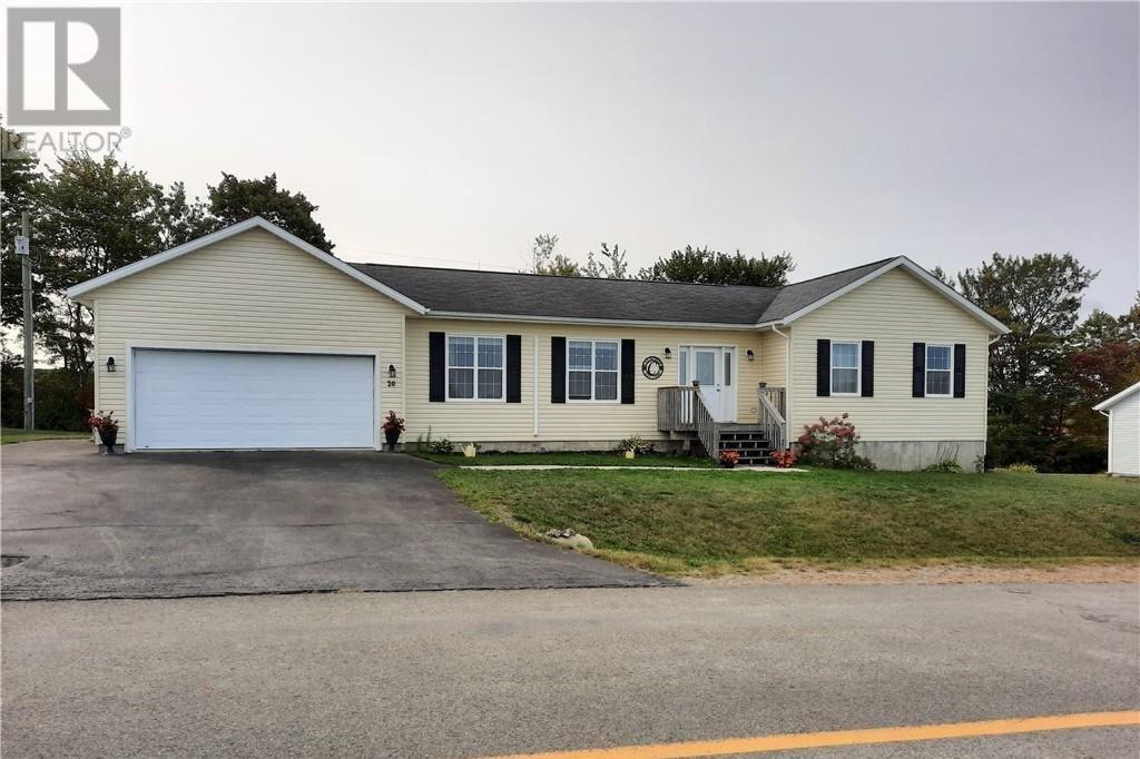 House for sale at 20 Norkotah Cres Florenceville-bristol New Brunswick - MLS: NB049569