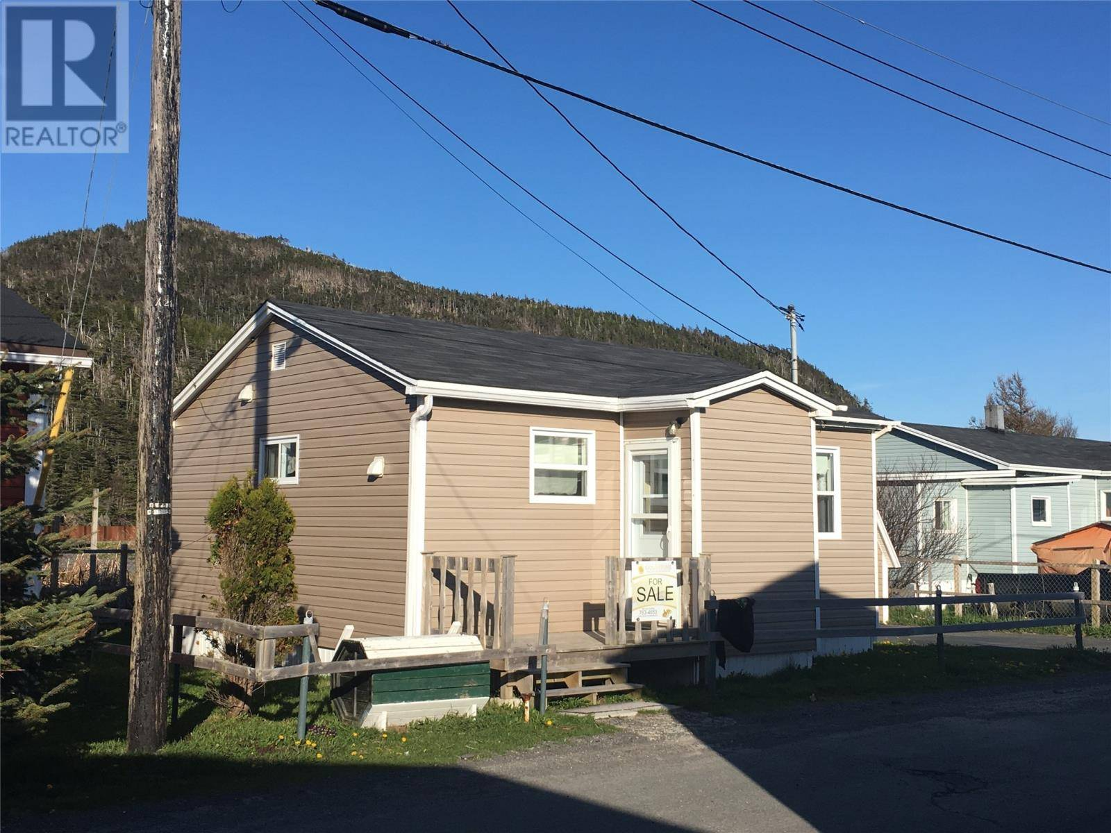 House for sale at 20 Osbourne St Placentia Newfoundland - MLS: 1204837