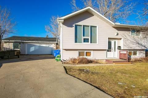 House for sale at 20 Pleasantview By Regina Saskatchewan - MLS: SK792991