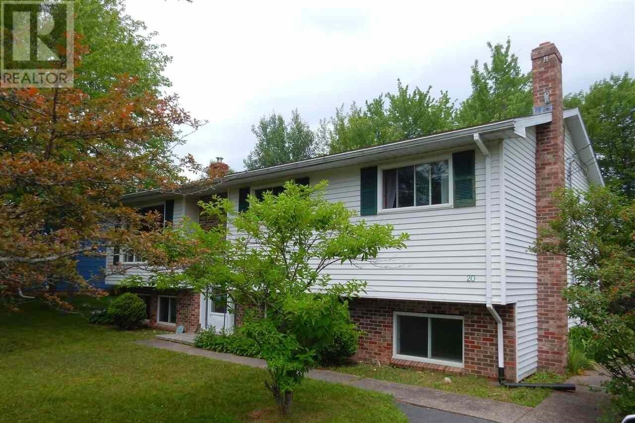 House for sale at 20 Poplar Dr Lantz Nova Scotia - MLS: 202014256
