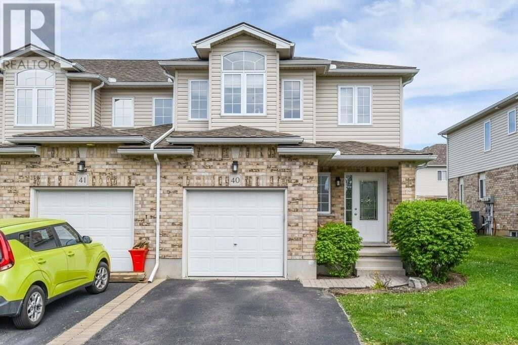 Townhouse for sale at 20 Shackleton Dr Guelph Ontario - MLS: 30808799