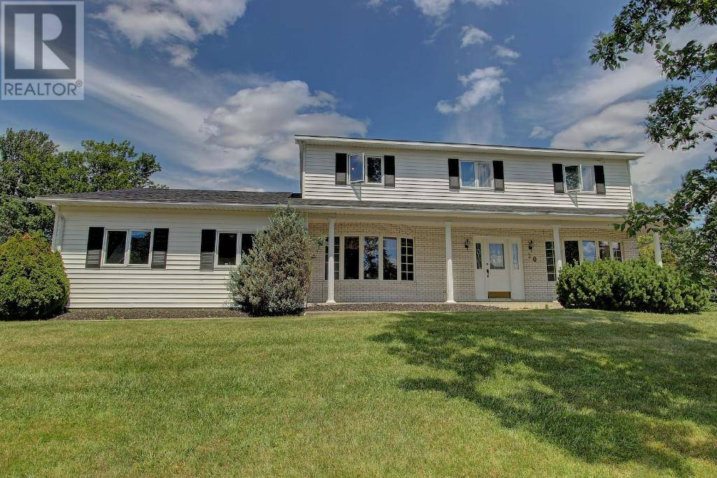 House for sale at 20 Staples Ct Fredericton New Brunswick - MLS: NB022645