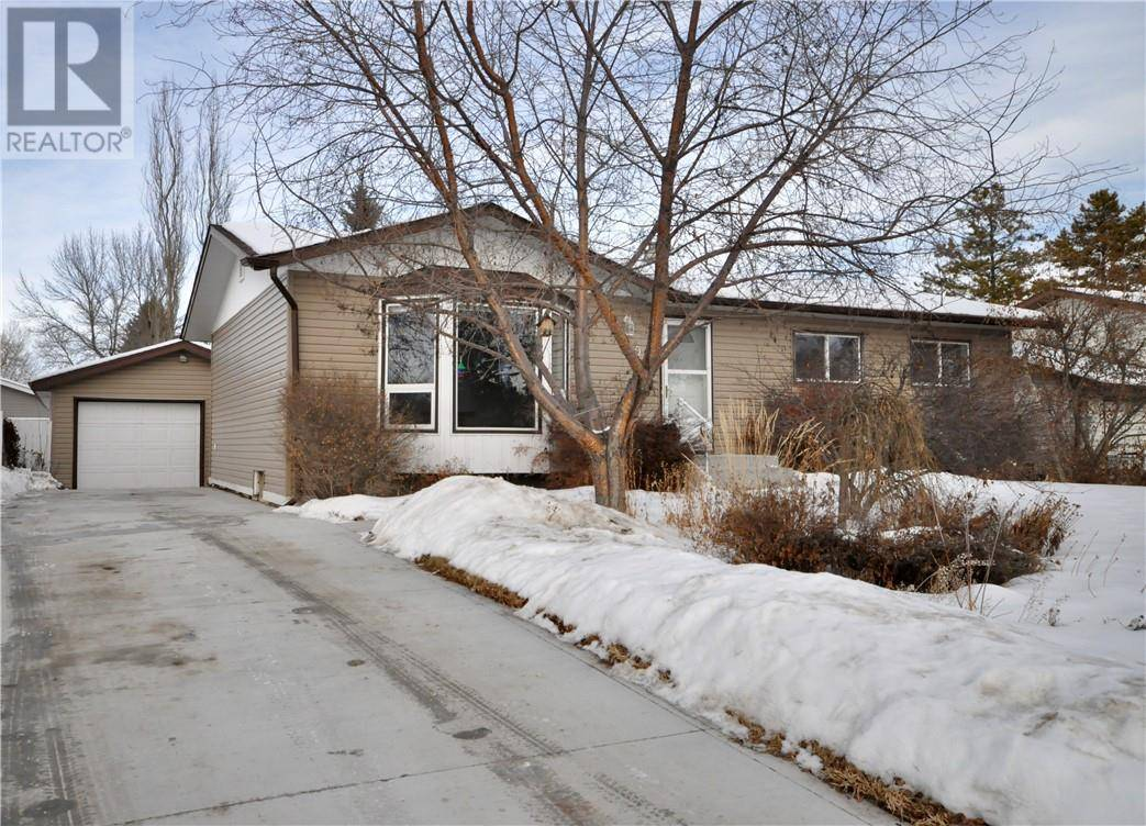 House for sale at 20 Stirling Cs Red Deer Alberta - MLS: ca0186556