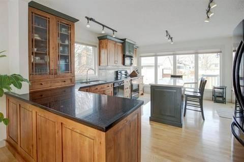 House for sale at 20 Sunmount Cs Southeast Calgary Alberta - MLS: C4285365