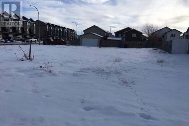 Home for sale at 20 Sunridge Blvd W Lethbridge Alberta - MLS: ld0184782