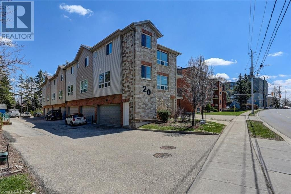 Townhouse for sale at 20 Westmount Rd West Kitchener Ontario - MLS: 40018710