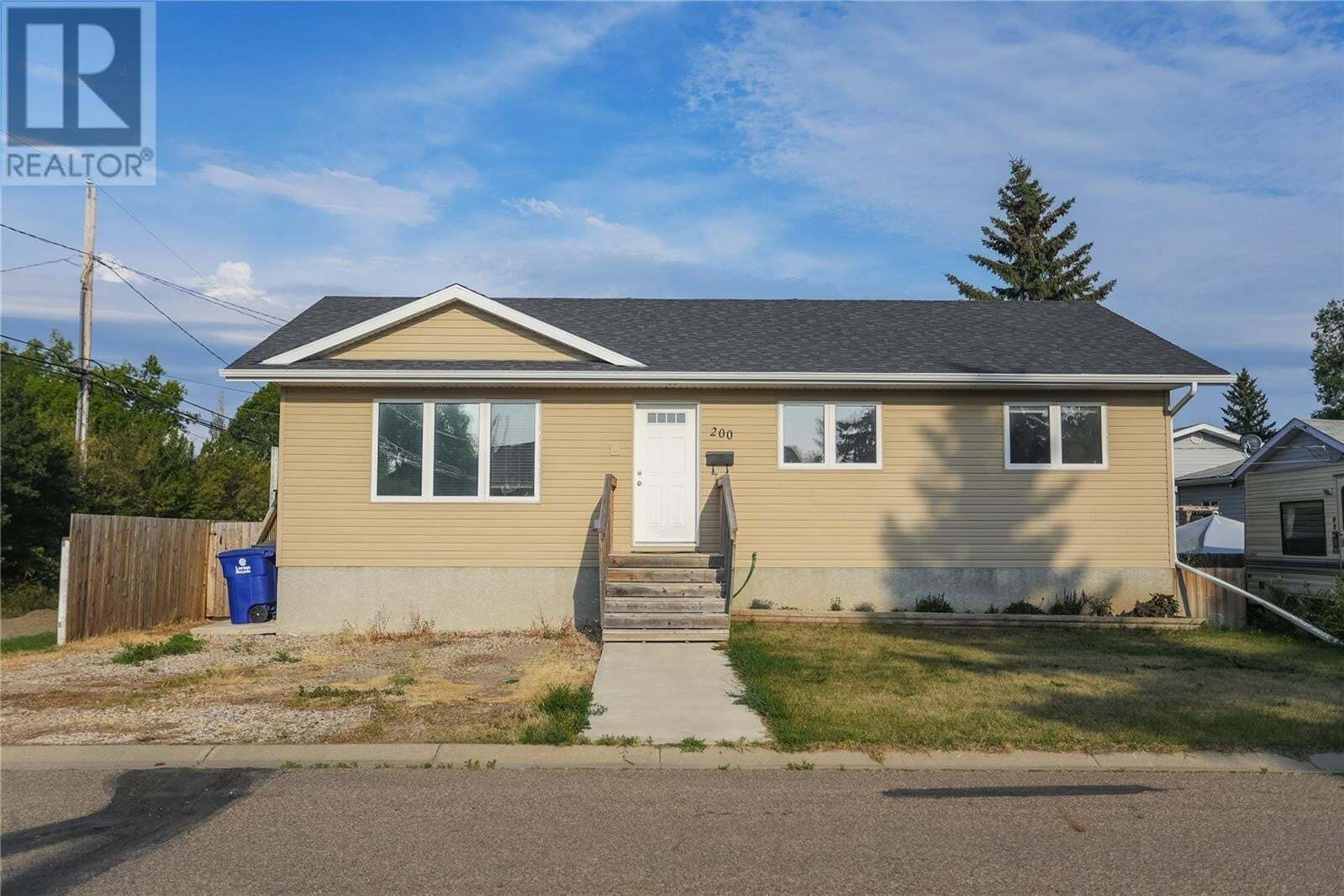 House for sale at 200 2nd Ave S Warman Saskatchewan - MLS: SK830566